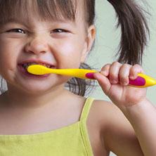 toddler-teeth-care-sq