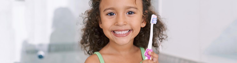 Brushing your toddlers teeth
