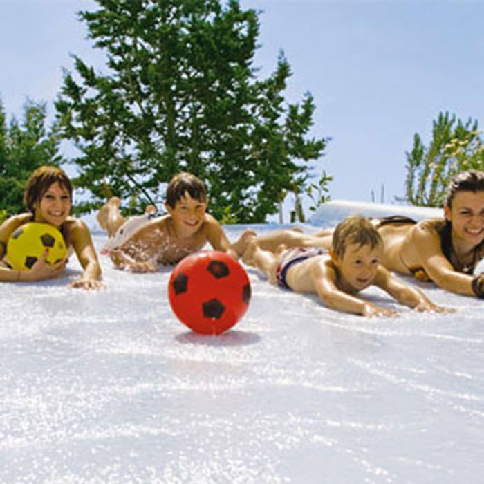 a-summer-holiday-packed-with-wonderful-memoriesslide.jpg