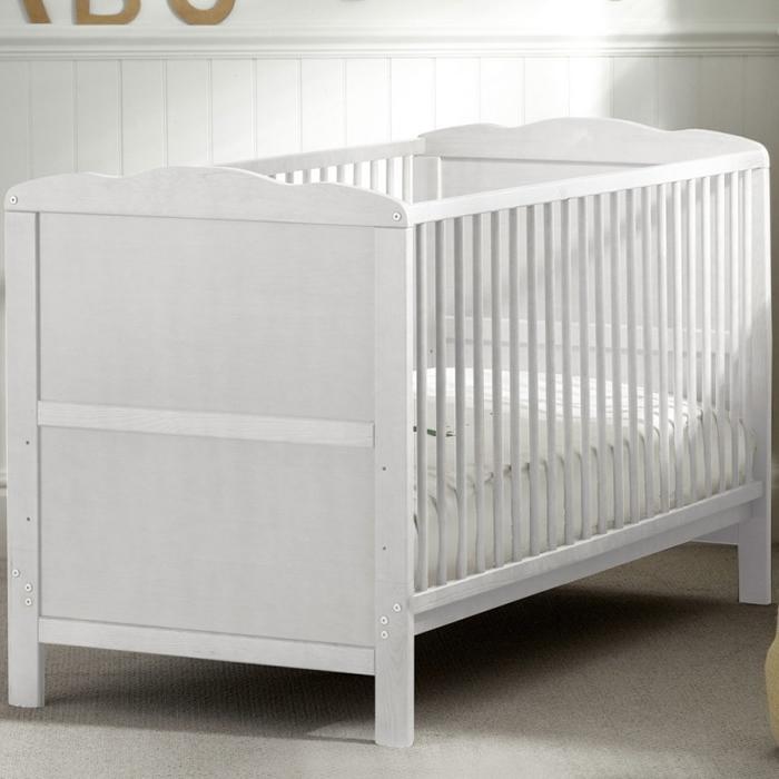 Kiddies Kingdom Cot Bed with Foam Mattress