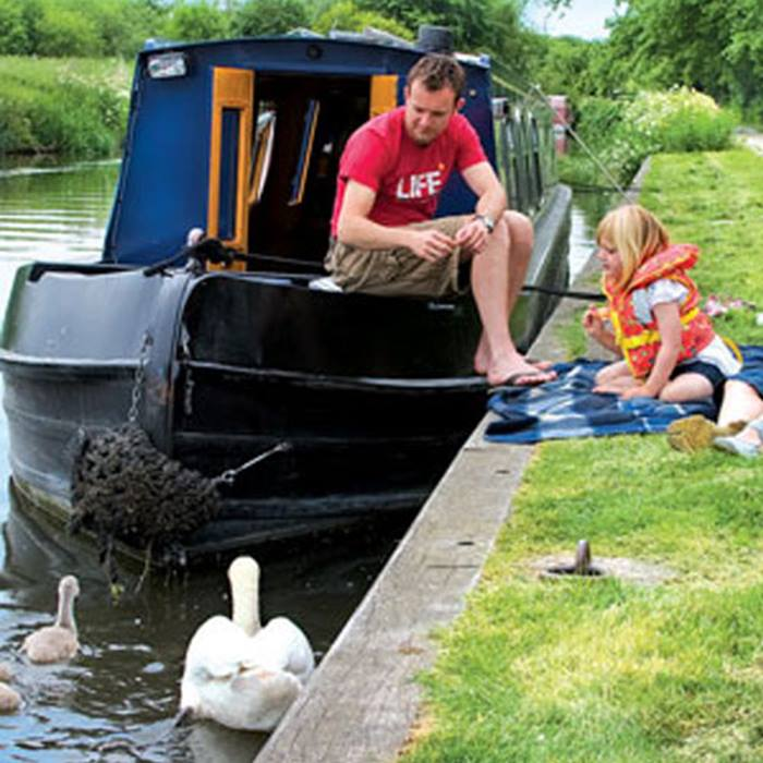cast-off-this-autumn-on-a-family-boating-holidayboating.jpg