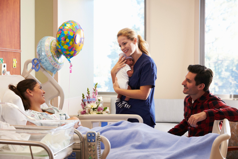 Woman given birth in hospital