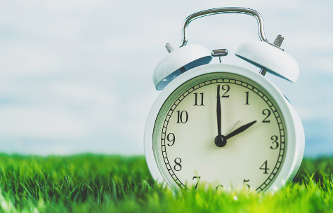 Clocks spring forward 474