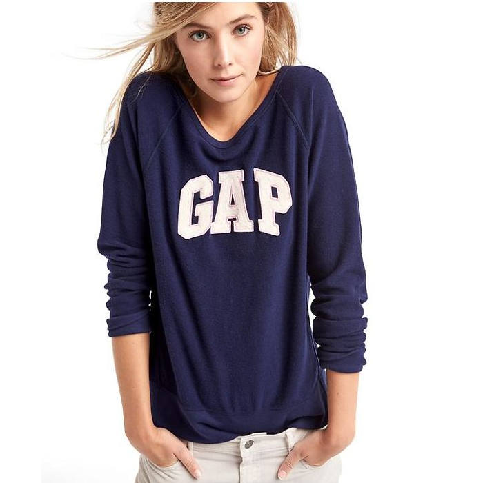 GAp logo wear