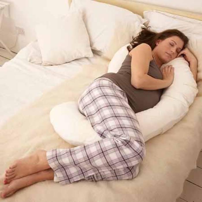 by-carla-heat-regulating-pillow